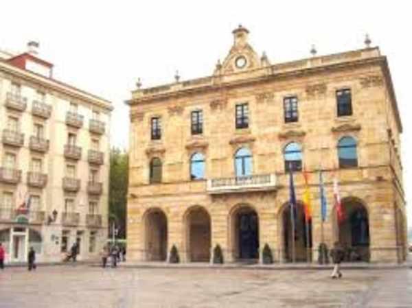 Cocemfe asturias en la reuni n del consejo social del for Oficina de correos gijon